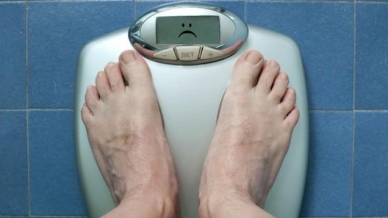 Burrat me mbipeshë, kanë mundësi më të mëdha të ngjizin djem