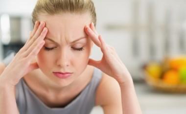 Cilat ushqime përkeqësojnë migrenën?