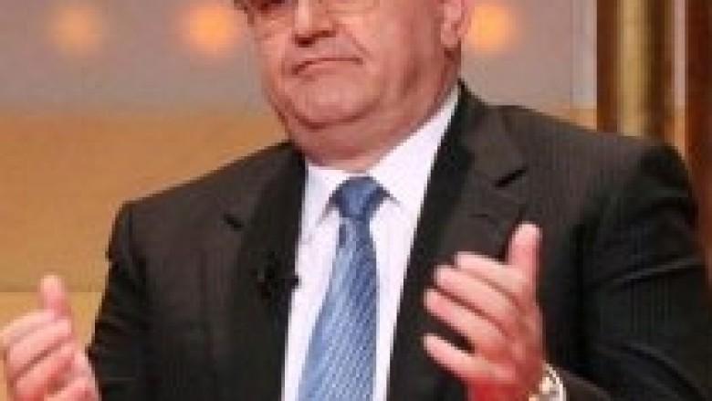 Duka këshillon FFK-në: Mos u shtyni  me FIFAn
