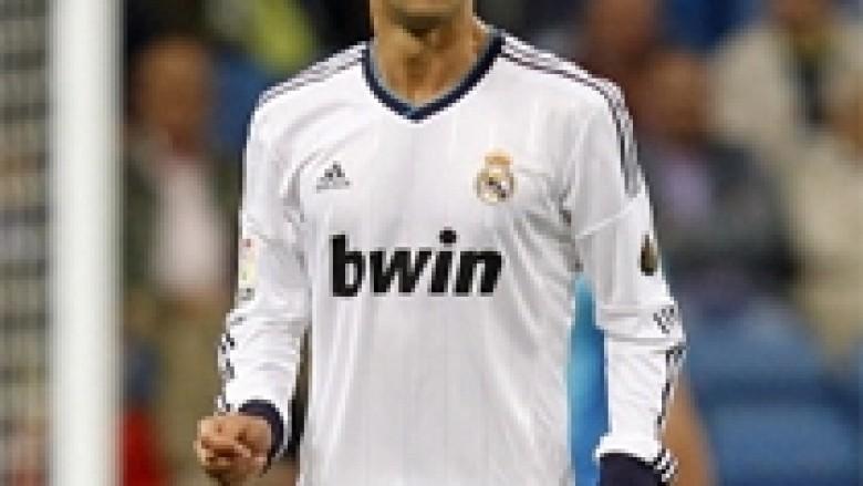 Refuzohet oferta e Napolit për Carvalhon