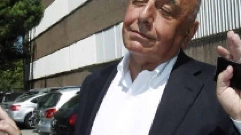 Galliani: Të gjitha palët duan transferin e Kakas