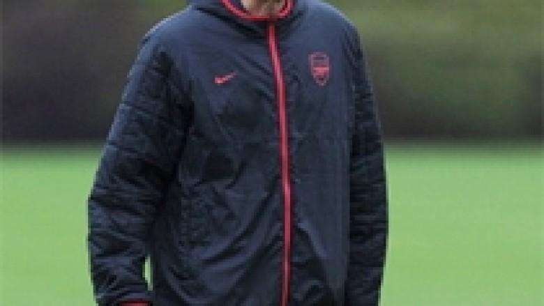 Wenger: Nuk ishte penallti