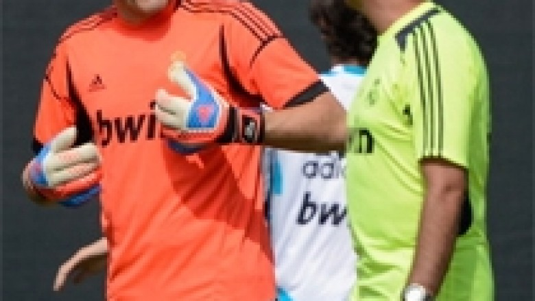 """Mourinho ka mosmarrëveshje me secilin lojtar"""