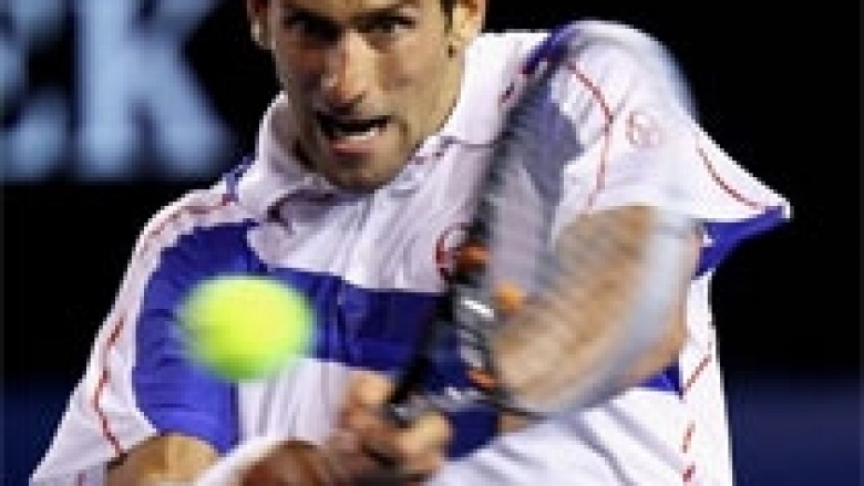 AO: Djokovic në finale, shkatërron Ferrer
