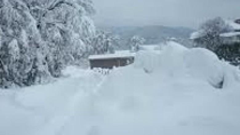 Shkodër, bora bllokon komunat e Dukagjinit