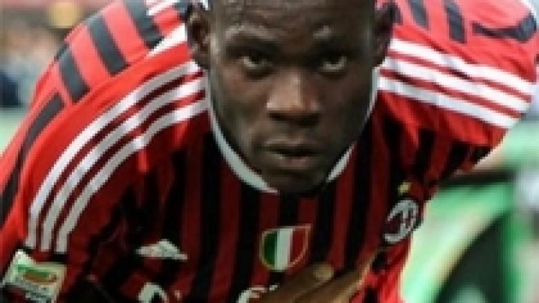 Goli i parë i Balotellit për Milanin (Video)