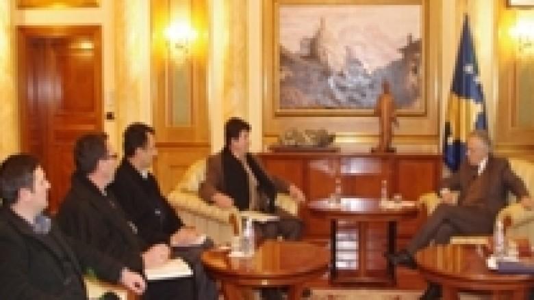 Krasniqi priti delegacionin nga Deçani