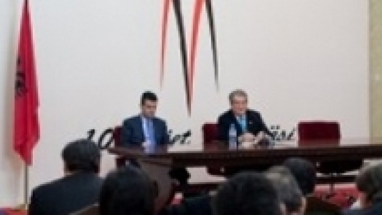 """Berisha: Projekti """"Shqipëria mobile"""", i prekshëm brenda vitit"""