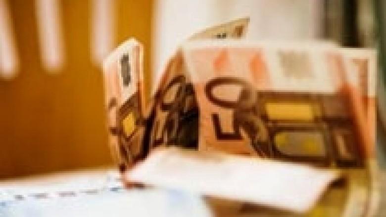Lituania miratoi planin për kalimin në euro