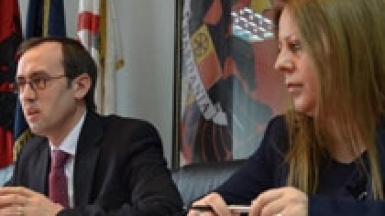 LDK: Qeveria e KEK-u po plaçkisin qytetarët