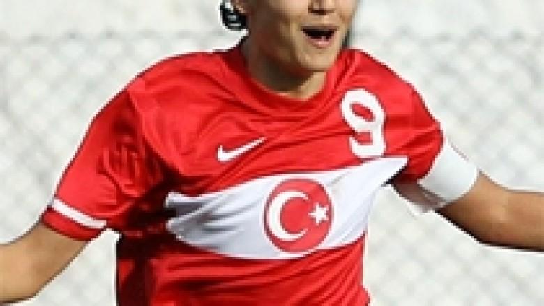 Chelsea, ofertë për 15-vjeçarin turk (Video)