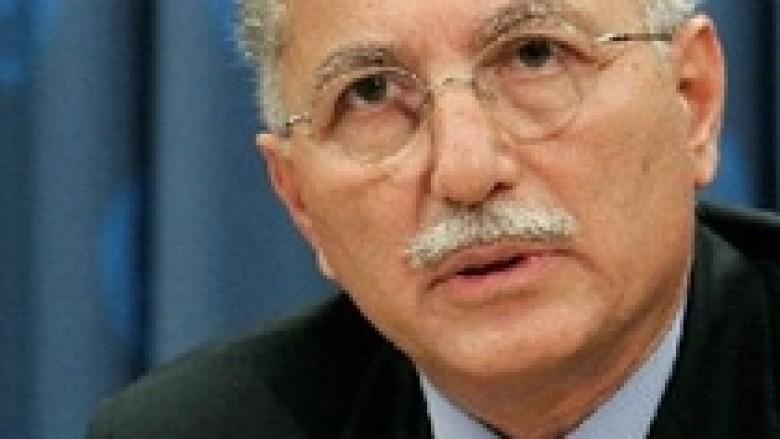 Ihsanoglu: Do të vazhdojë të lobojë për Kosovën