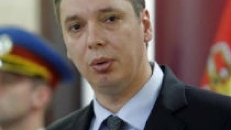 Vucic arrin në Kosovë