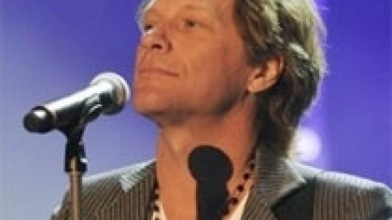 Jon Bon Jovi: Sambora kishte probleme me alkoolin