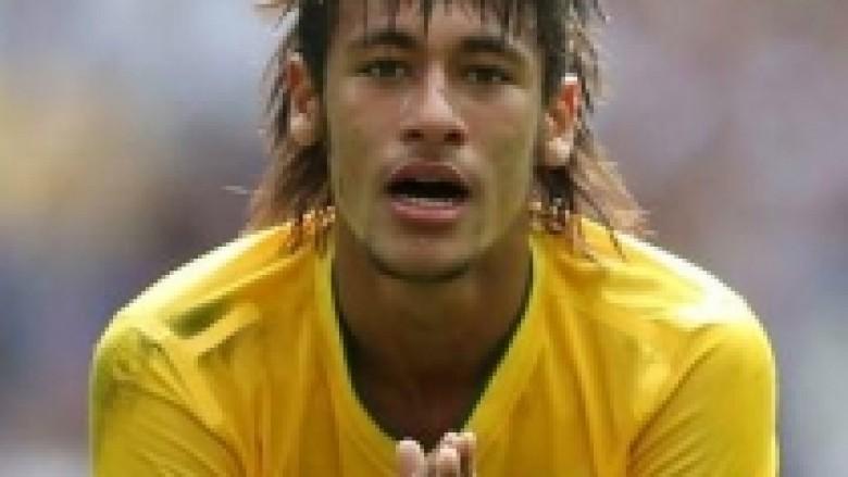 Refuzohet oferta e dytë e Barcës për Neymar