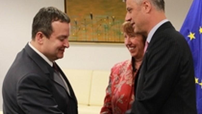 Kosova ia bartë Serbisë valixhet për Evropë