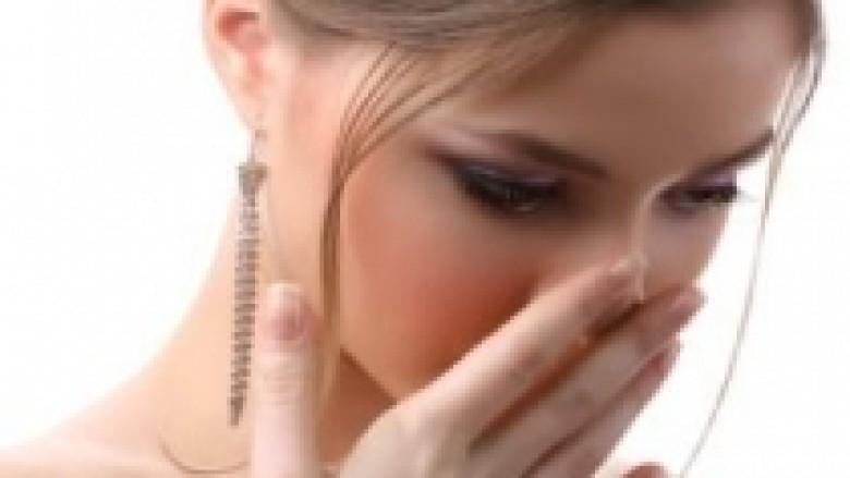 Shmangni erën e pakëndshme në gojë