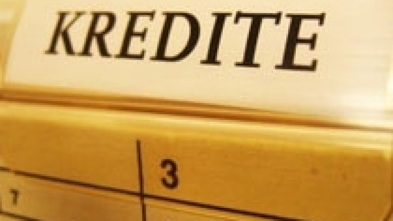 Kreditë e këqija mbi 23%