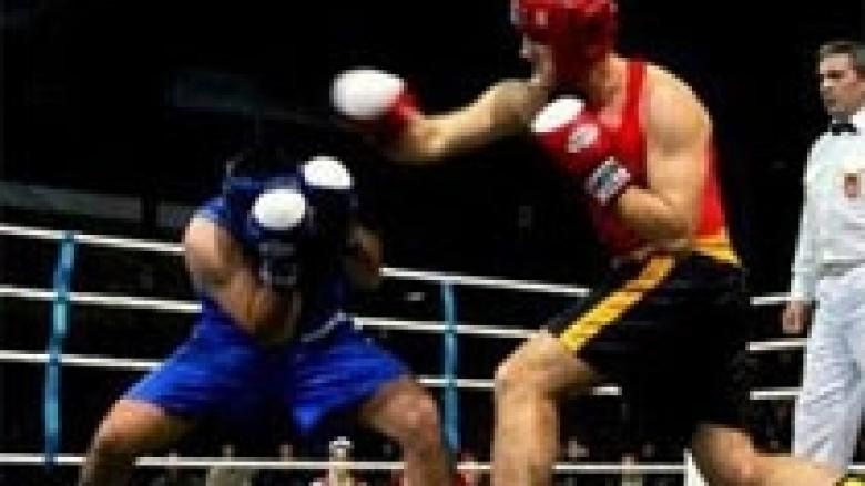 Xhoxhaj fiton në rrethin e parë të Kampionatit Botëror