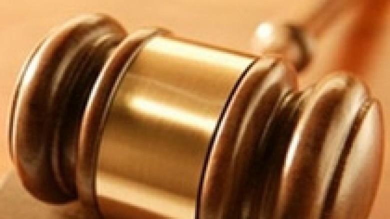 Dy persona lirohen nga akuza për pastrim të parave