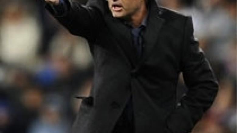 Mourinho i zhgënjyer me lojtarët