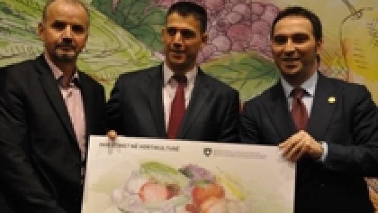 Ndahen mbi 1.9 milionë euro për 369 fermerë