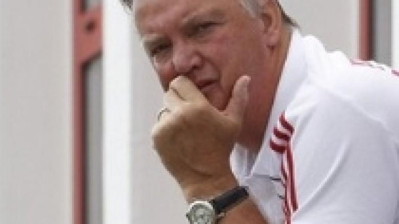 Van Gaal: Van Persie është bërë më i mirë te United