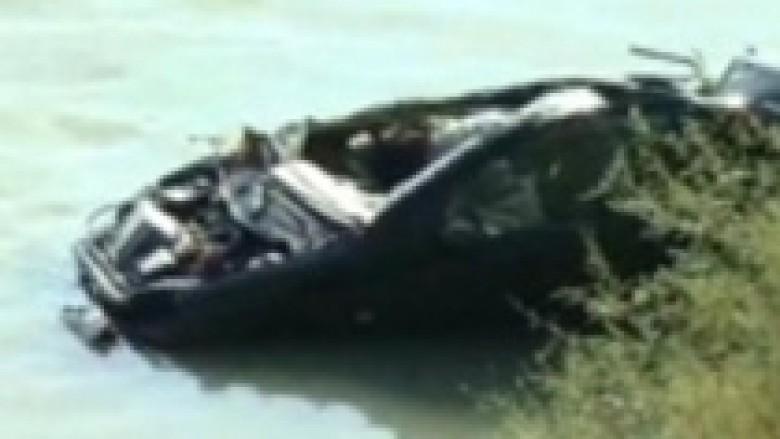 Bie makina në lumin Drin, dy kushërinj të humbur