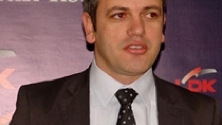 Gashi: Koalicioni PDK-AAK për të keqen e Kosovës