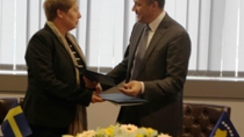 Kosova e Suedia zgjasin bashkëpunimin ekonomik