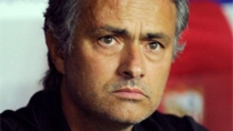 Mourinho i trembet Juventusit