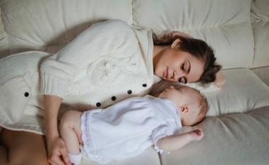Foshnjat rrezikohen seriozisht nga shtretërit ku flenë