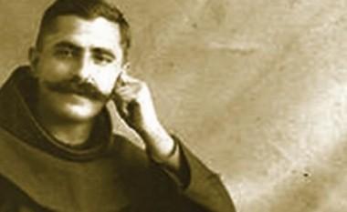 I urti Gjeçov: Tetë rrafshe studimi për portretin e një dijetari