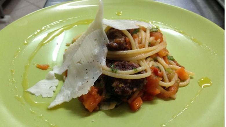 Shpageti me qofte