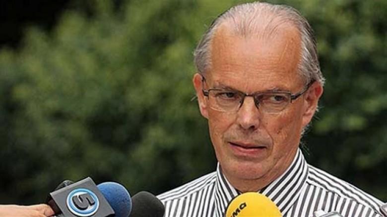 Vanhoutte komenton Platformën e partive politike shqiptare në Maqedoni