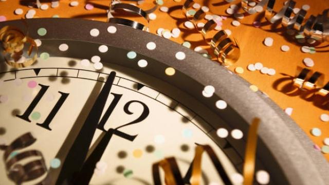 Viti i Ri rreth e rrotull botës - Telegrafi