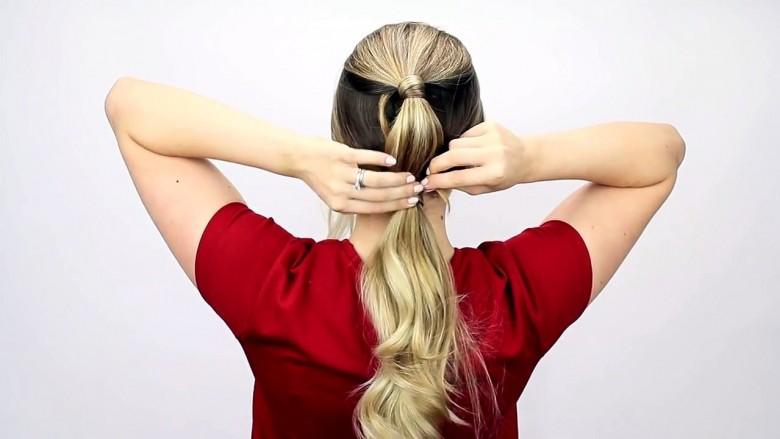 7 frizura të ndryshme për 7 ditë të javës: Shpejt dhe lehtë (video)