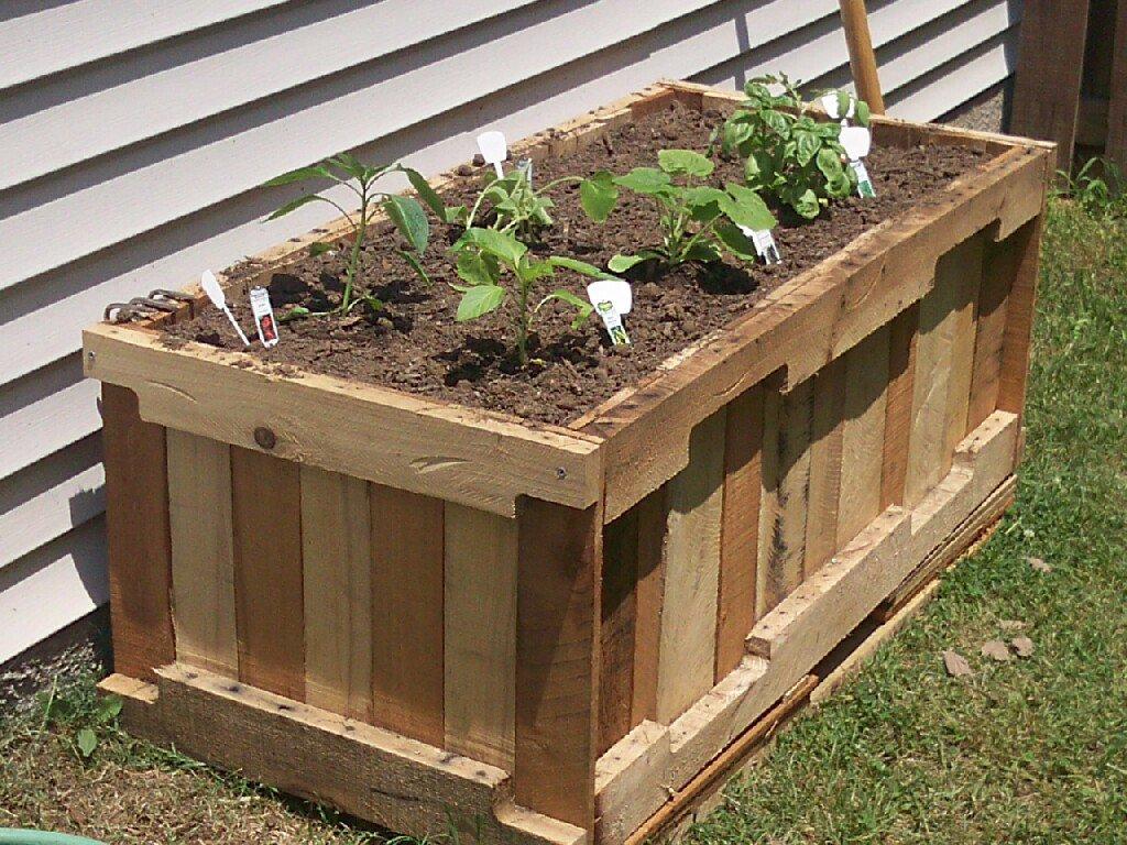 pallet-container-garden