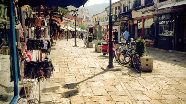Rregullohen shtyllat, nuk ka më vetura në Çarshinë e Vjetër në Shkup (Video)