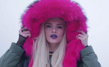 """Era Istrefi feston 200 mil kilikime për """"BonBon"""", paralajmëron këngën e re (Video/Foto)"""