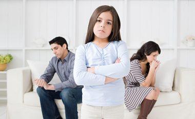 Divorcohemi, si t'ua themi fëmijëve?