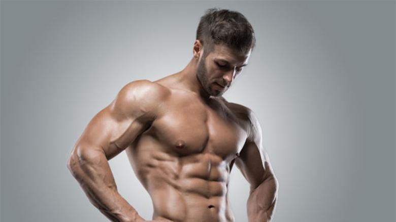 Lakimet e bicepsit për trup Apoloni: Shpejtoni rritjen e muskujve me këtë truk të thjeshtë (Video)