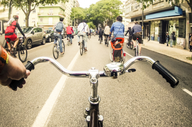 Critical mass cycling event in Lisbon
