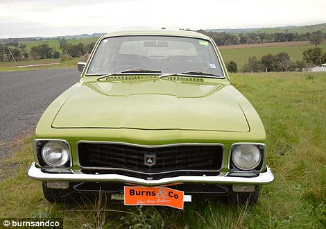 Nxjerrë në shitje koleksionin e rrallë me 60 vetura klasike foto 8