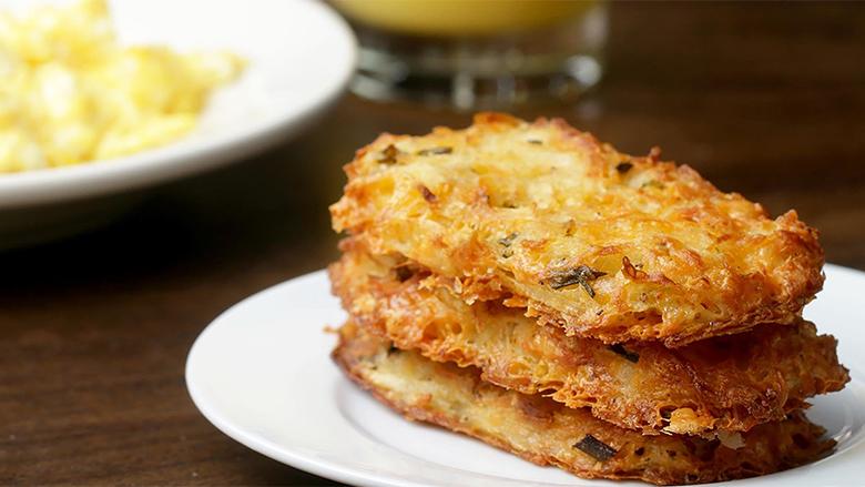 Pllaka me patate dhe djathë (Video)
