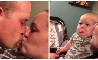 Bebja ka ngazëlluar 14 milionë njerëz. Shikoni përse kjo bebe është bërë hit në rrjetet shoqërore! (Video)