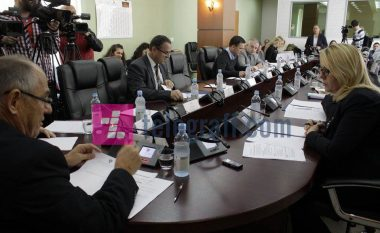 Bien investimet e huaja, thellohet deficiti tregtar me Serbinë