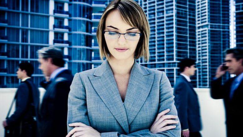 Si ndikojnë menstruacionet në karrierën e një gruaje?