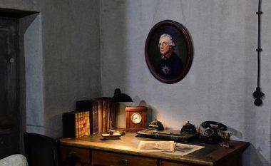 Tani mund të vizitoni zyrën e Hitlerit në bunker, ku kishte kryer vetëvrasje (Foto)
