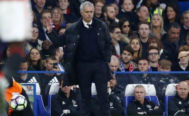 Tifozët e Chelseat tallen me Moun dhe Pogban, këto janë këngët që ata kënduan sot në Stamford Bridge